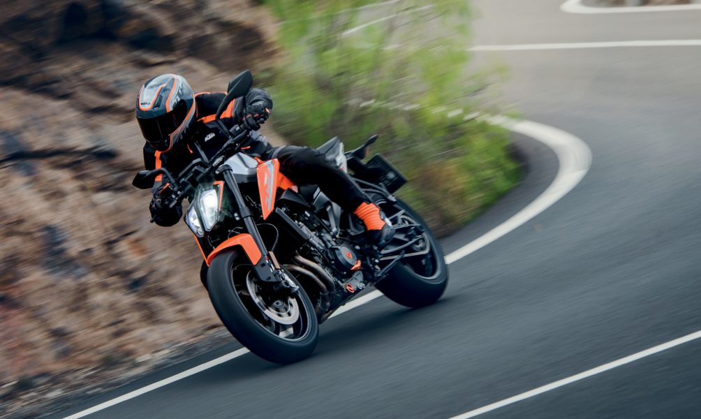 Really nice looking Street - Barnett Harley-Davidson